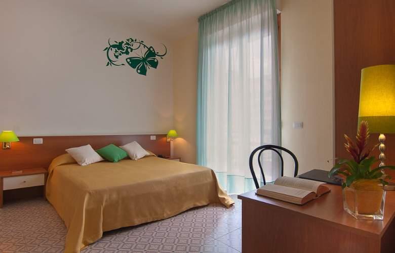 Diva - Room - 3