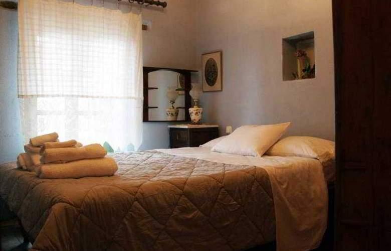 Efipoi Hotel - Room - 17