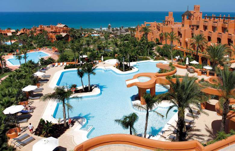 Novo Resort The Residence Luxury Apartments - Pool - 8