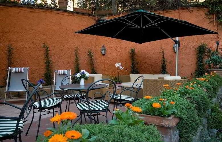 Rome Garden - Terrace - 10