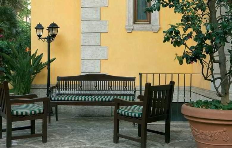 Relais Patrizi - Terrace - 9