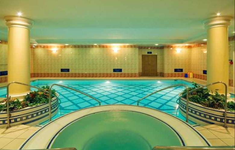 Thistle City Barbican - Pool - 10