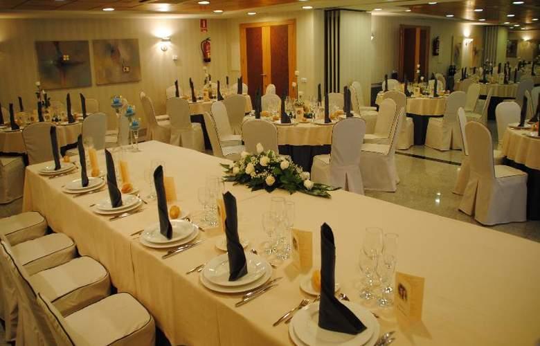 Sercotel Gran Fama - Restaurant - 40