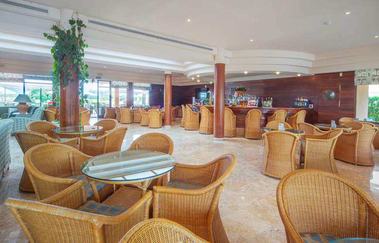PortBlue Club Pollentia Resort - Bar - 22