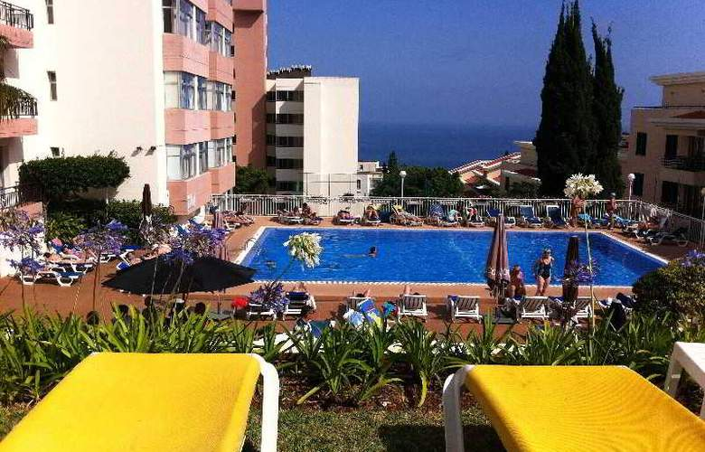 Dorisol Estrelicia - Pool - 2