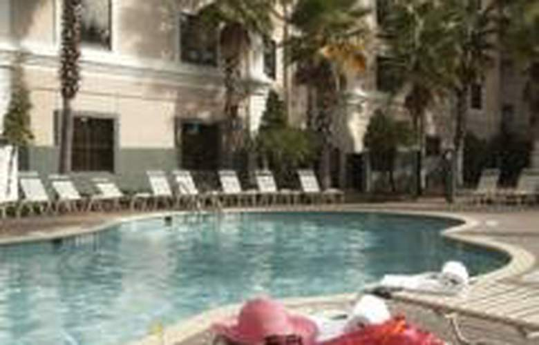 staySky Suites I Drive Orlando - Pool - 6
