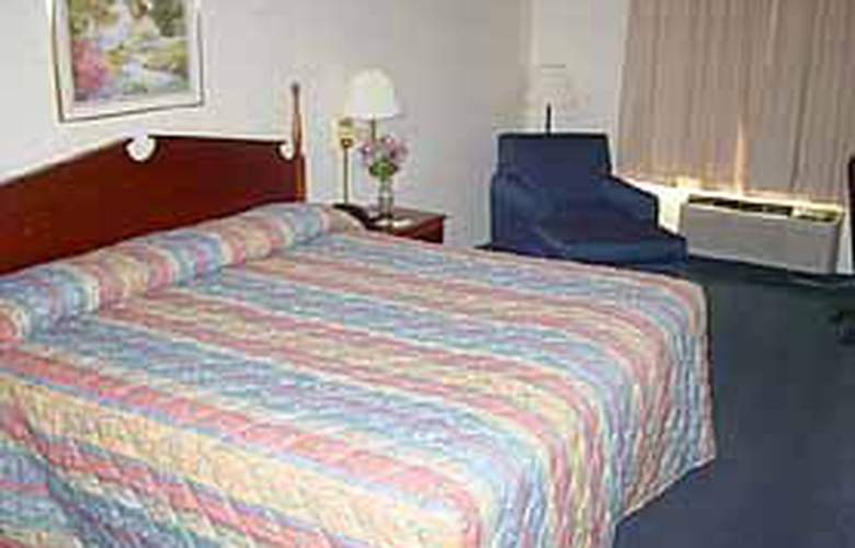 Comfort Inn (Brooks) - Room - 3