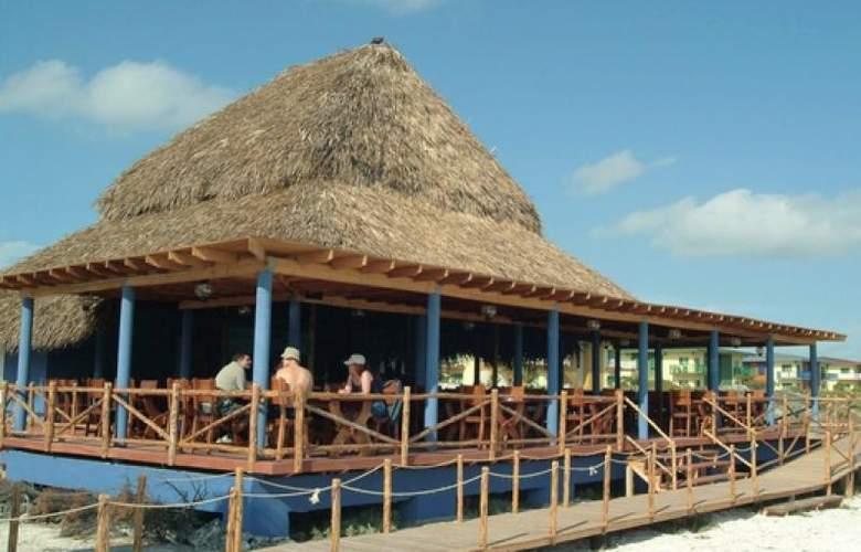 Bella Isla Resort - Bar - 4