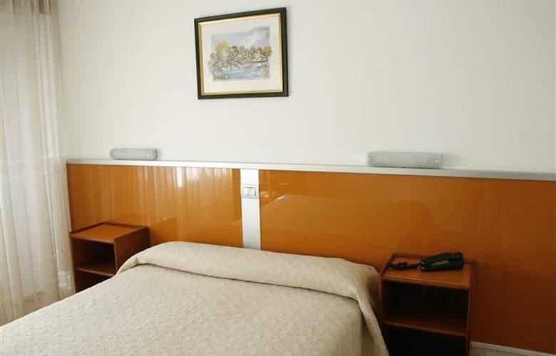 Liste - Room - 1