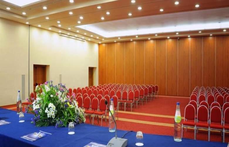 Geovillage Sport & Wellness Resort - Conference - 18