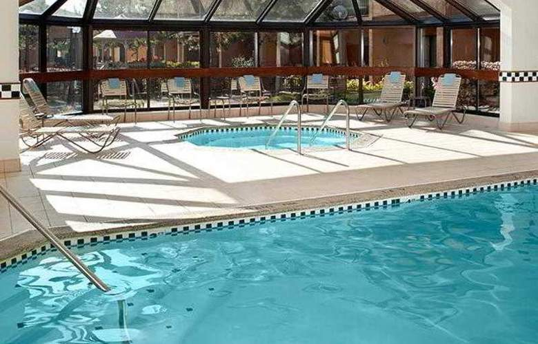 Courtyard Detroit Livonia - Hotel - 6