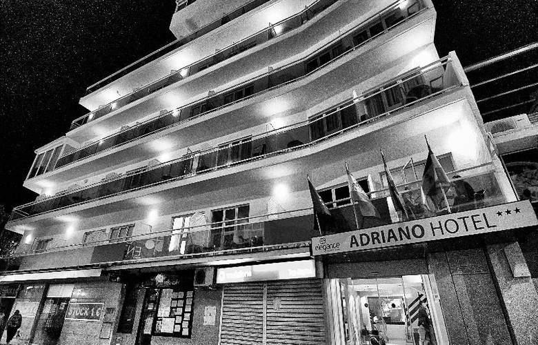 Elegance Adriano - Hotel - 7