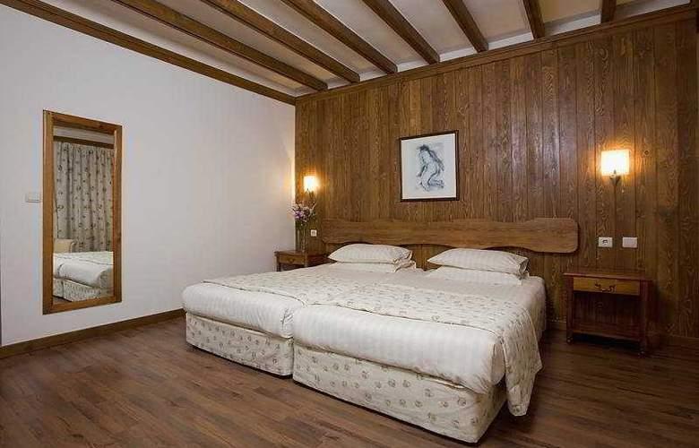 Razlog - Room - 4