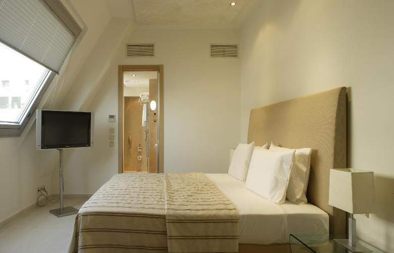 Daios - Room - 16