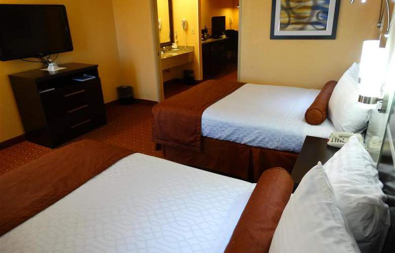 Best Western Plus Carlton Suites - Room - 30