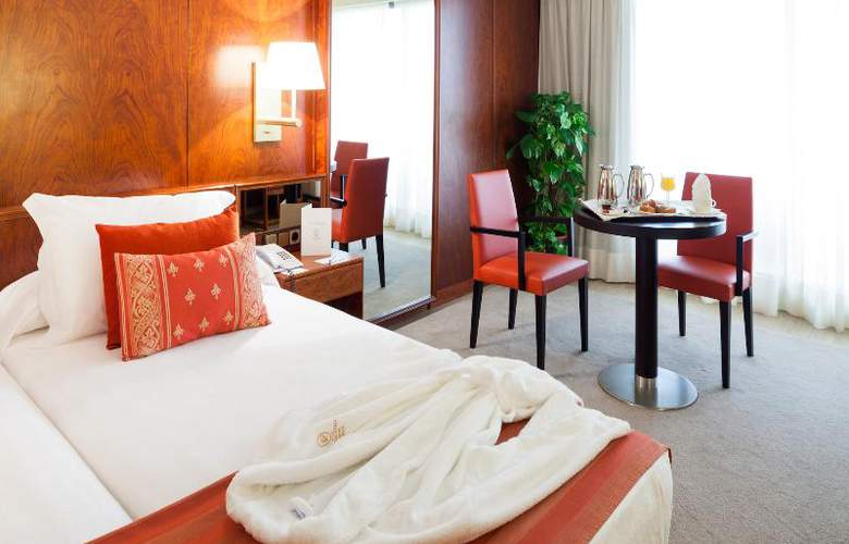 Royal Plaza - Room - 9