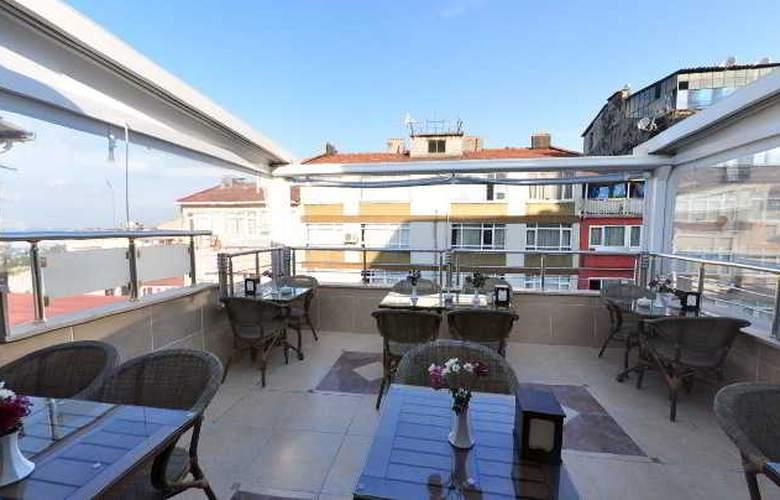 Serdivan Hotel - Terrace - 21