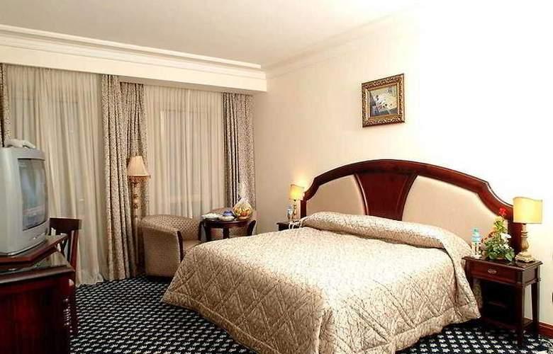 Ramada Fes - Room - 4