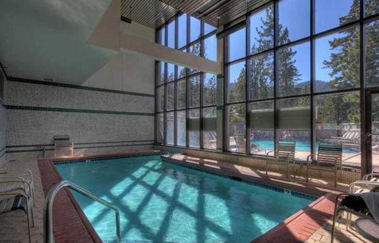 The Ridge Resorts - Pool - 5