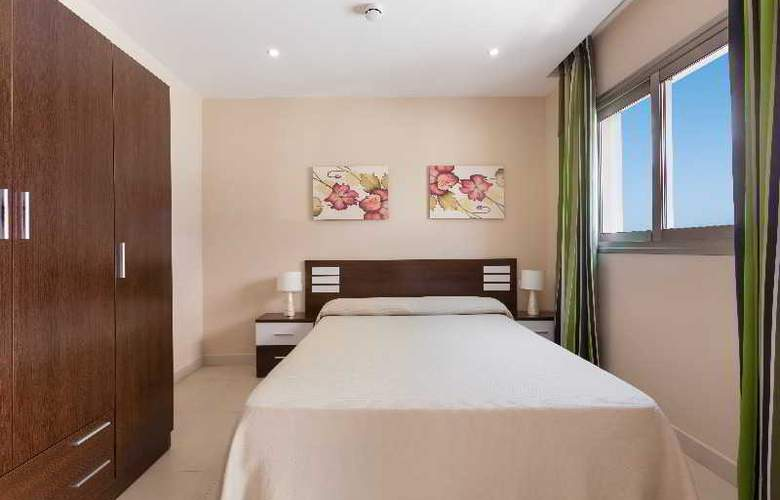 Klayman Diamond Aparthotel - Room - 10
