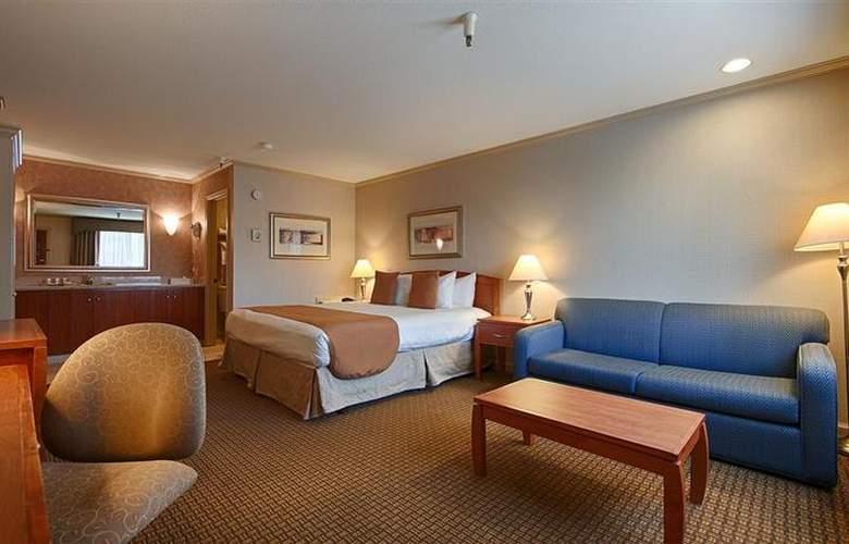 Best Western Plus Mountain View Inn - Room - 32