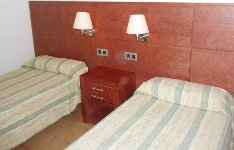 Rocamar Apartamentos - Room - 2