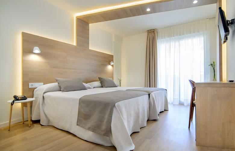 Carlos I - Room - 2