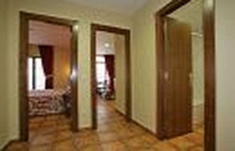Apartamentos Villa de Cabrales - Room - 2