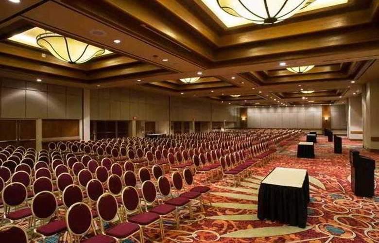 Marriott Tulsa Hotel Southern Hills - Hotel - 4