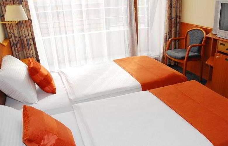 Orion Varkert - Hotel - 45