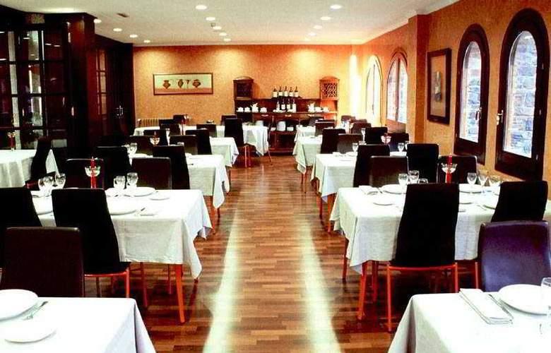 Abba Xalet Suites - Restaurant - 8