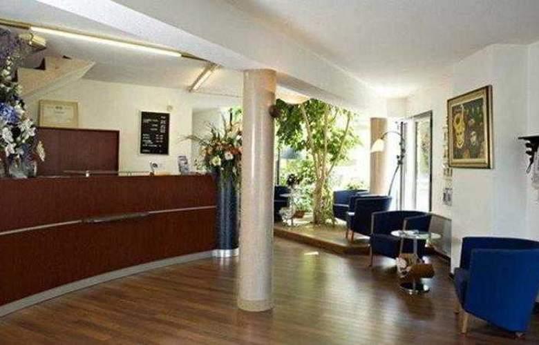 Auberge de Jons - Hotel - 10