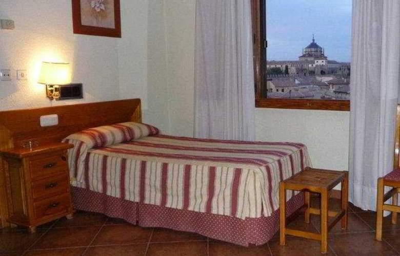 Real de Toledo - Room - 8