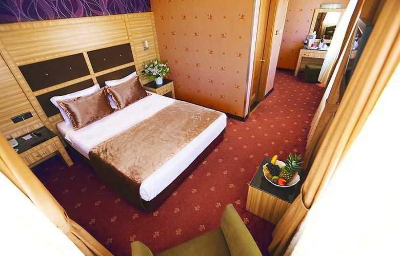Sed - Room - 7
