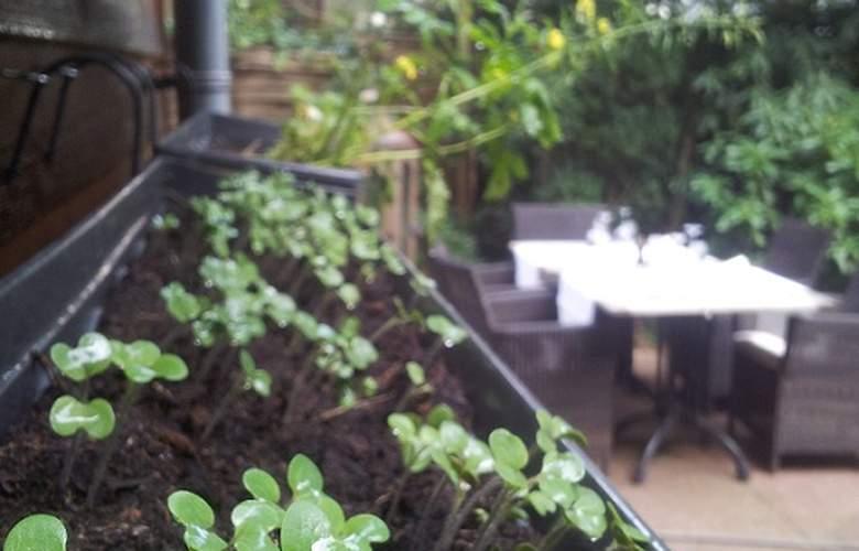 Best Western Hotel Restaurant Fidder - Terrace - 2