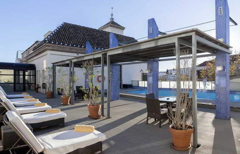 AC Ciudad de Sevilla - Pool - 17
