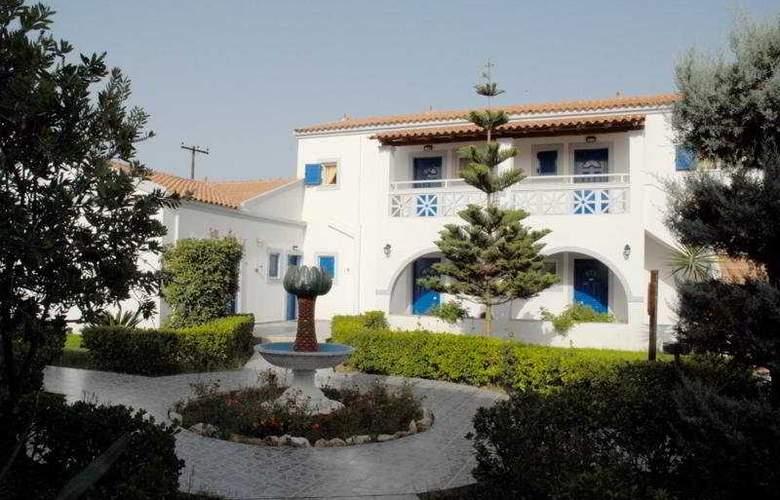 Roda Garden Village - Hotel - 0