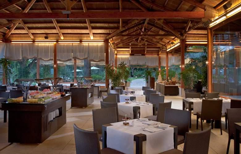 Gran Meliá Don Pepe - Restaurant - 34