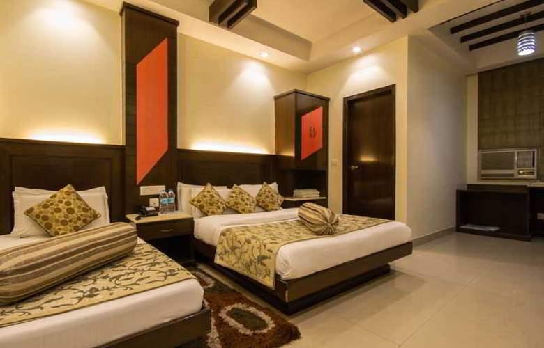 Aster Inn - Room - 13