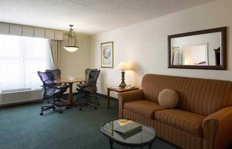 Hilton Garden Inn Atlanta Perimeter Center - Hotel - 9