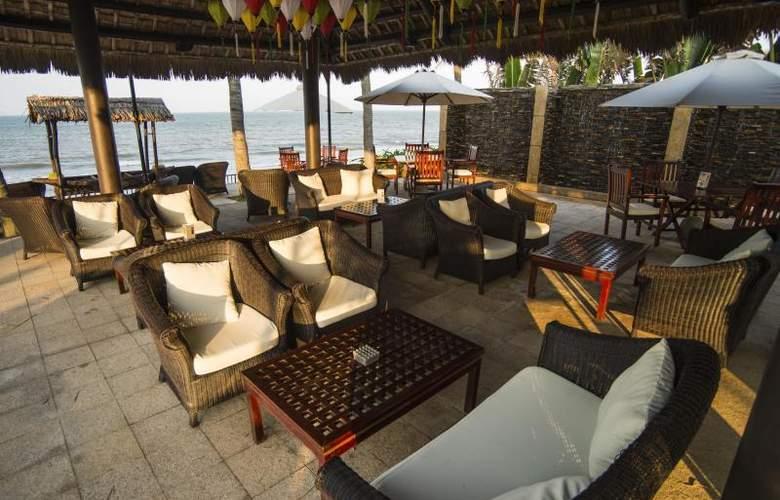 Victoria Hoi An Beach Resort & Spa - Terrace - 7