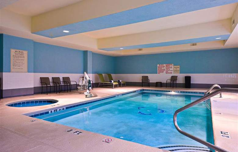 Best Western Bradbury Suites - Pool - 106