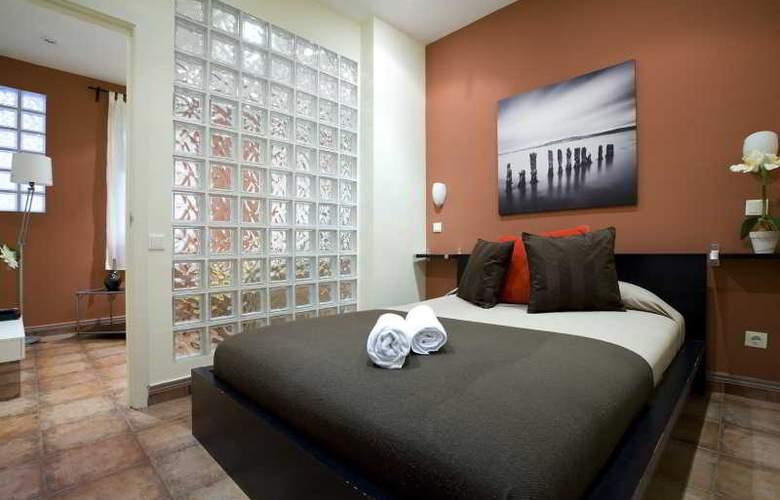 H2 Tirso de Molina - Room - 10
