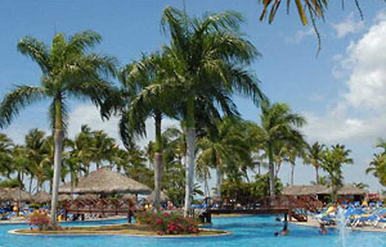 Grand Bahia Principe La Romana - Pool - 4