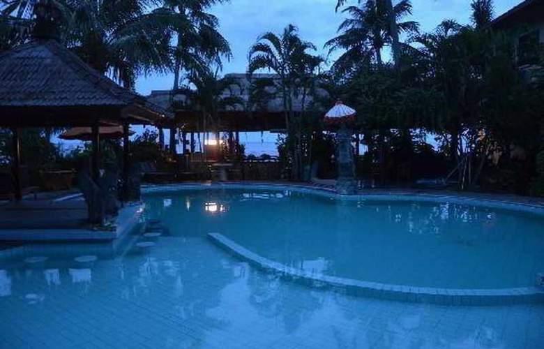 Adi Rama Beach - Pool - 26