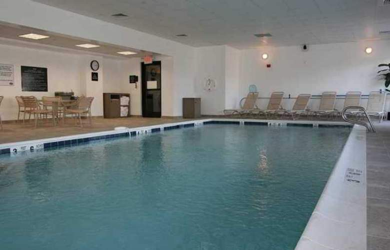 Hampton Inn Long Island/Commack - Hotel - 3