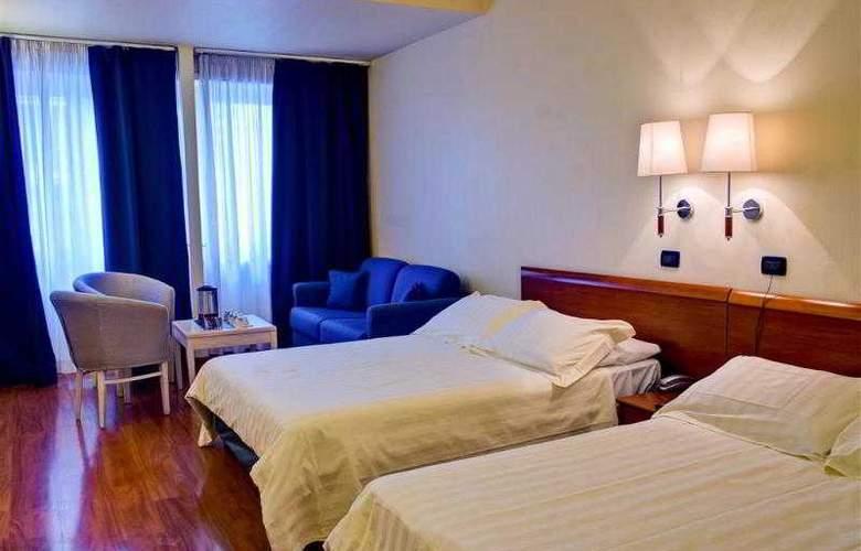 Best Western Globus - Hotel - 13