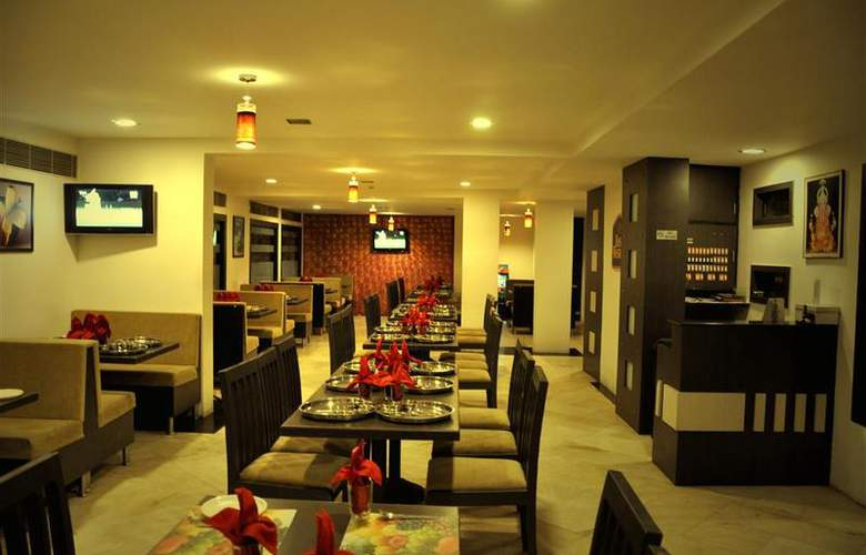 Best Western Yuvraj - Restaurant - 17