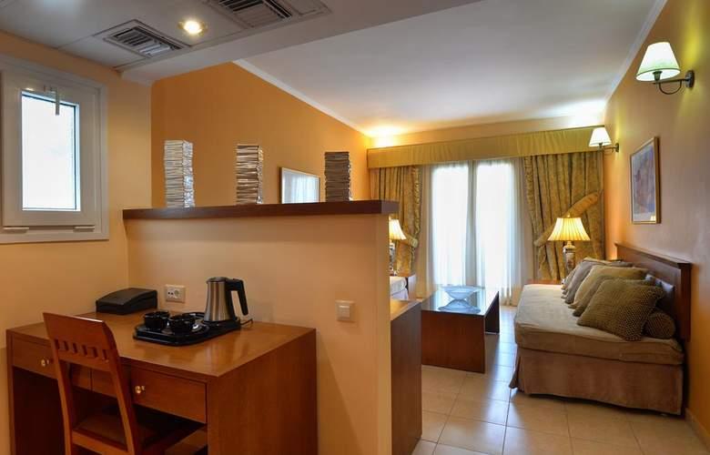 Ariti Grand Hotel - Room - 11