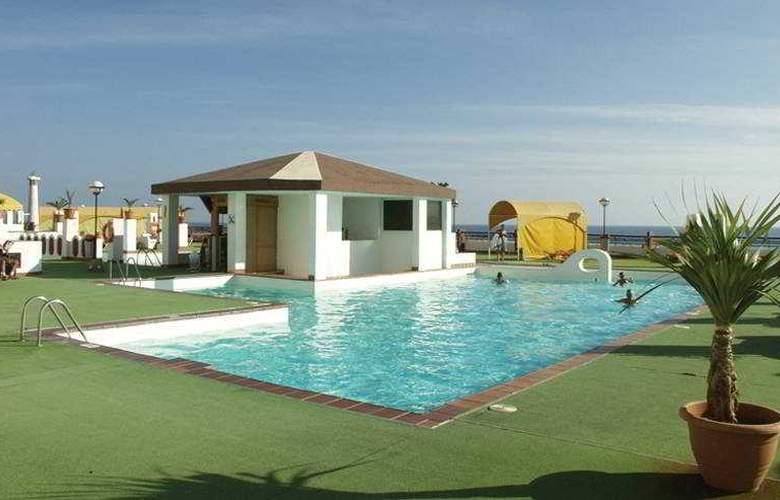 Palm Garden - Pool - 4